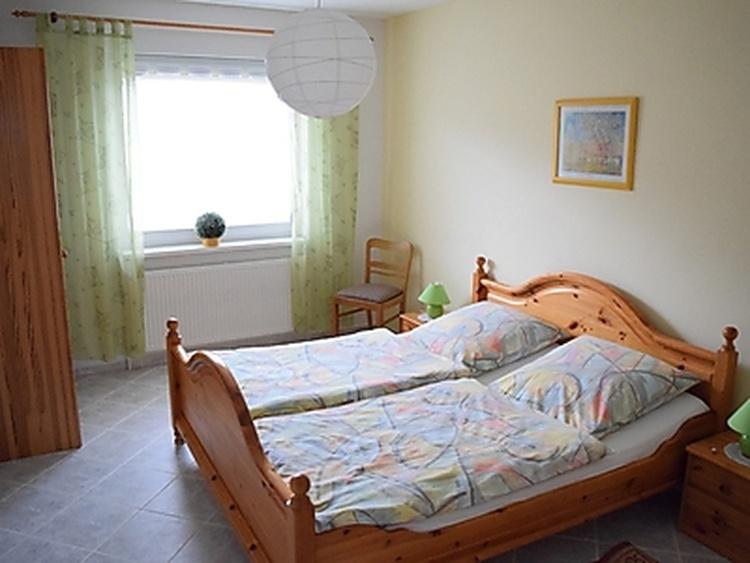 Wohnung 2, Schlafzimmer 1