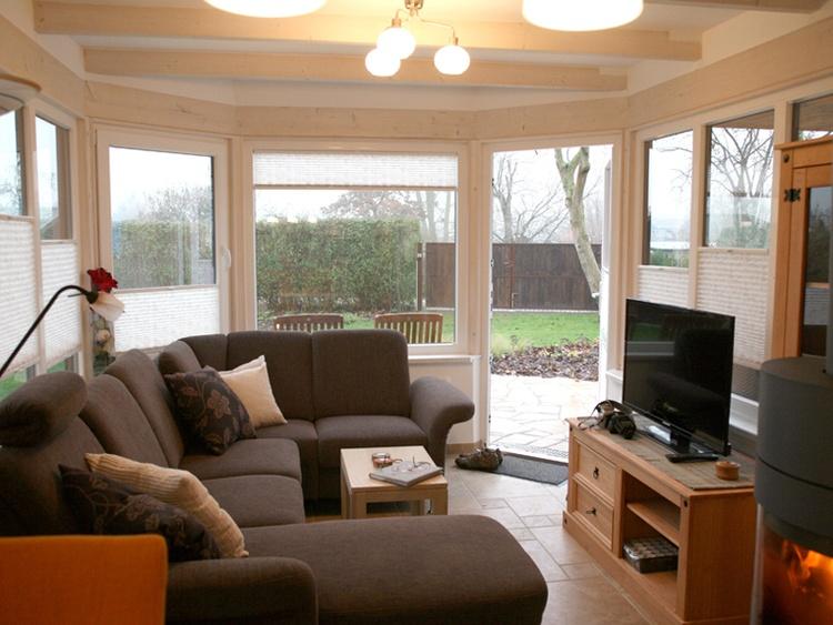 Wohnbereich mit Litzlandschaft und Sateliten TV