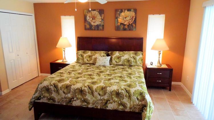 Elternschlafzimmer (King Size Bett)