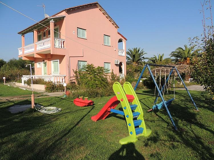 Ferienunterkunft Villa Aliki in Gardenos Vitalades