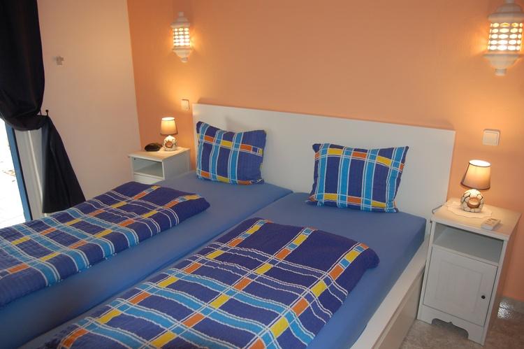 Schlafzimmer 2-EG.