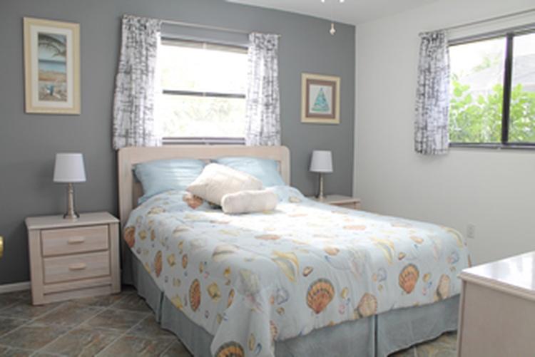 Villa Bluewater 2. Schlafzimmer mit queen size bed