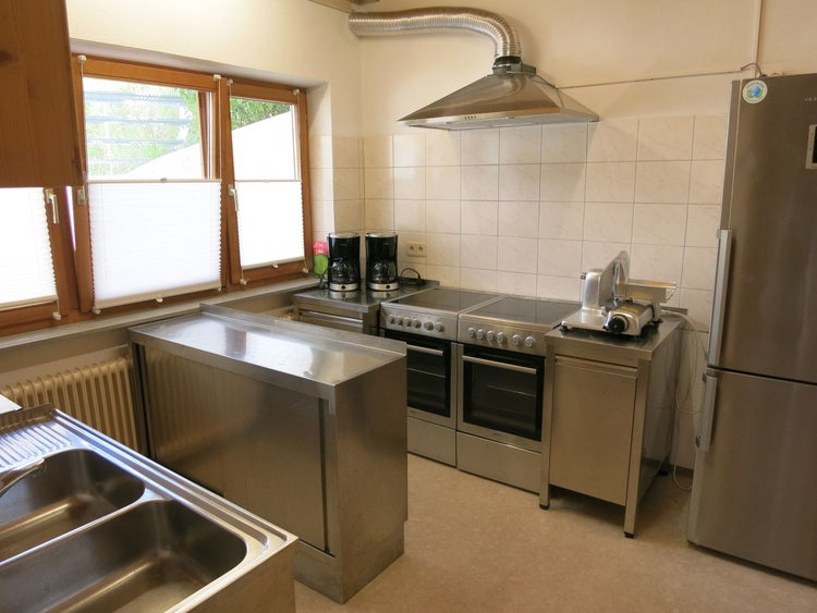 the kitchen for self - cooking in stainless steel
