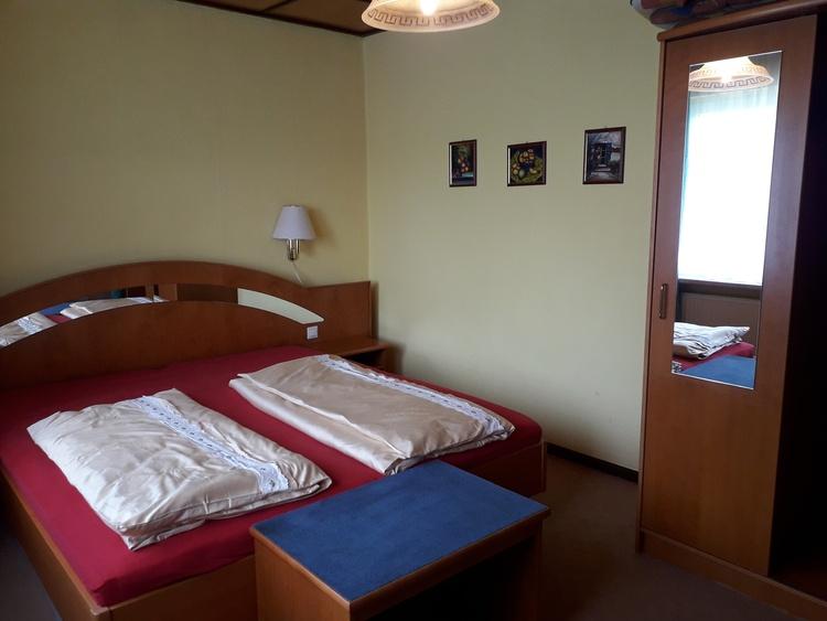 Schlafzimmer2 Fewo1